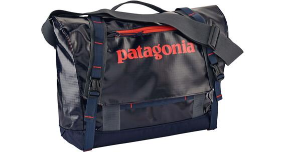 Patagonia Black Hole Tas 12l rood/blauw